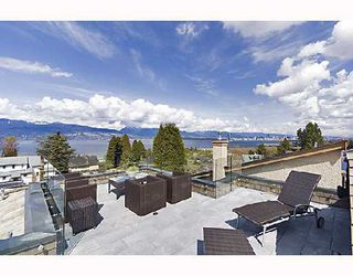 """Main Photo: 4569 W 3RD Avenue in Vancouver: Point Grey House for sale in """"Point Grey"""" (Vancouver West)  : MLS®# V754579"""