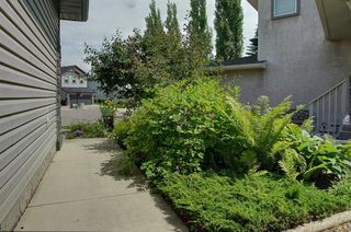 Photo 3: 30 CHAPMAN Place SE in Calgary: Chaparral Detached for sale : MLS®# C4258371