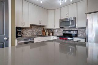 Photo 6: 18 1030 CHAPPELLE Boulevard in Edmonton: Zone 55 Townhouse for sale : MLS®# E4175766