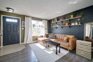 Photo 3: 18 1030 CHAPPELLE Boulevard in Edmonton: Zone 55 Townhouse for sale : MLS®# E4175766