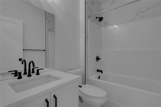 Photo 42: 2108 49 Avenue SW in Calgary: Altadore Row/Townhouse for sale : MLS®# C4273549