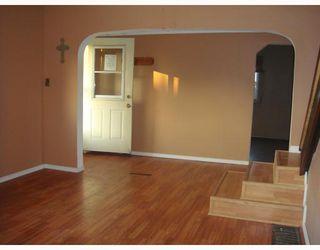 Photo 4: 10215 97TH Avenue in Fort_St._John: Fort St. John - City SW House for sale (Fort St. John (Zone 60))  : MLS®# N194796