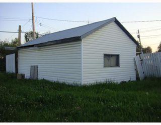 Photo 2: 10215 97TH Avenue in Fort_St._John: Fort St. John - City SW House for sale (Fort St. John (Zone 60))  : MLS®# N194796