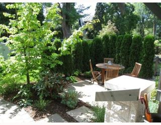 """Photo 9: 2007 W 13TH Avenue in Vancouver: Kitsilano Townhouse for sale in """"THE MAPLES"""" (Vancouver West)  : MLS®# V782705"""