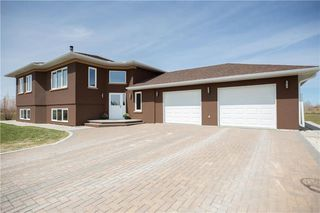 Photo 1: 25 ALEXANDRE Way in Lorette: R05 Residential for sale : MLS®# 202009288