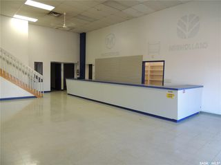Photo 3: 280 Kensington Avenue in Estevan: Commercial for sale : MLS®# SK812917