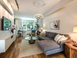 """Photo 7: 3762 WELWYN Street in Vancouver: Victoria VE Townhouse for sale in """"STORIES"""" (Vancouver East)  : MLS®# R2476190"""