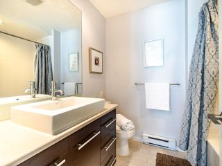 """Photo 19: 3762 WELWYN Street in Vancouver: Victoria VE Townhouse for sale in """"STORIES"""" (Vancouver East)  : MLS®# R2476190"""