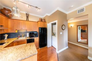 Photo 13: 304 2326 Harbour Rd in Sidney: Si Sidney North-East Condo for sale : MLS®# 843956