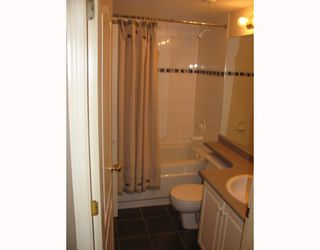 "Photo 9: 117 5500 LYNAS Lane in Richmond: Riverdale RI Condo for sale in ""HAMPTONS"" : MLS®# V784050"