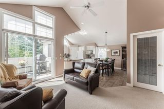 Photo 4: 410 405 32 Avenue NW in Calgary: Mount Pleasant Row/Townhouse for sale : MLS®# A1024091