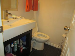 Photo 15: 145 HEARTHSTONE Road in Edmonton: Zone 14 Townhouse for sale : MLS®# E4219660