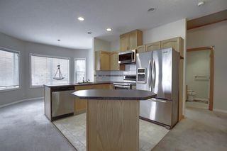 Photo 2: 306 1920 14 Avenue NE in Calgary: Mayland Heights Apartment for sale : MLS®# A1050176