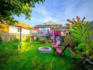 Photo 2: 237 Kennedy St in : Na Old City House for sale (Nanaimo)  : MLS®# 862135