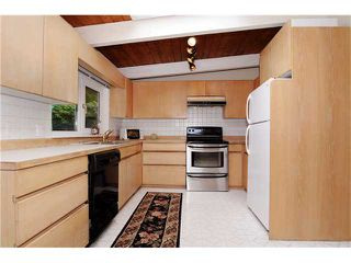 Photo 4: 578 W KINGS Road in North Vancouver: Upper Lonsdale House for sale : MLS®# V851575