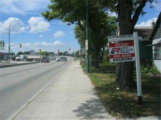 Photo 4: 639 NAIRN Avenue in WINNIPEG: East Kildonan Residential for sale (North East Winnipeg)  : MLS®# 2612863