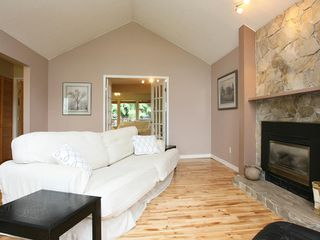 Photo 2: 22730 BALABANIAN Circle in Maple_Ridge: East Central House for sale (Maple Ridge)  : MLS®# V724543