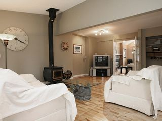 Photo 3: 22730 BALABANIAN Circle in Maple_Ridge: East Central House for sale (Maple Ridge)  : MLS®# V724543
