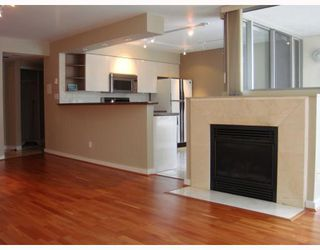 """Photo 3: 306 990 BEACH Avenue in Vancouver: False Creek North Condo for sale in """"1000 BEACH"""" (Vancouver West)  : MLS®# V746759"""