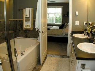 "Photo 10: 101A 45595 TAMIHI Way in Sardis: Vedder S Watson-Promontory Condo for sale in ""THE HARTFORD"" : MLS®# H2901302"