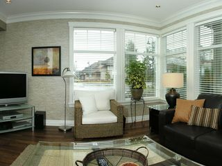 "Photo 2: 101A 45595 TAMIHI Way in Sardis: Vedder S Watson-Promontory Condo for sale in ""THE HARTFORD"" : MLS®# H2901302"