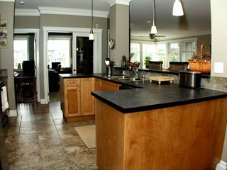 "Photo 4: 101A 45595 TAMIHI Way in Sardis: Vedder S Watson-Promontory Condo for sale in ""THE HARTFORD"" : MLS®# H2901302"