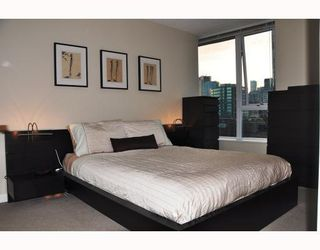 "Photo 4: 1506 58 KEEFER Place in Vancouver: Downtown VW Condo for sale in ""Firenze"" (Vancouver West)  : MLS®# V772940"