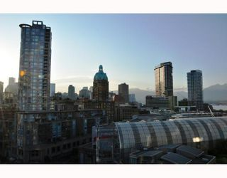 "Photo 7: 1506 58 KEEFER Place in Vancouver: Downtown VW Condo for sale in ""Firenze"" (Vancouver West)  : MLS®# V772940"