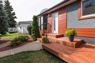 Photo 2: 10320 48 Street in Edmonton: Zone 19 House for sale : MLS®# E4171436