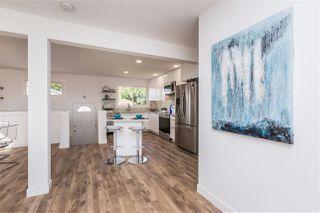 Photo 3: 10320 48 Street in Edmonton: Zone 19 House for sale : MLS®# E4171436