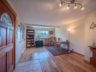 Photo 9: 5603 MINTIE Road in Halfmoon Bay: Halfmn Bay Secret Cv Redroofs House for sale (Sunshine Coast)  : MLS®# R2418354