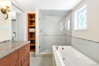 Photo 15: 803 YOUNETTE Drive in West Vancouver: Sentinel Hill House for sale : MLS®# R2429557