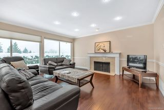 Photo 4: 803 YOUNETTE Drive in West Vancouver: Sentinel Hill House for sale : MLS®# R2429557