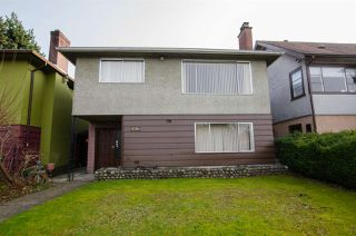 Photo 1: 2880 E 22ND Avenue in Vancouver: Renfrew Heights House for sale (Vancouver East)  : MLS®# R2442140