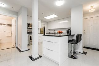 """Photo 3: 211 20140 56 Avenue in Langley: Langley City Condo for sale in """"PARK PLACE"""" : MLS®# R2468762"""