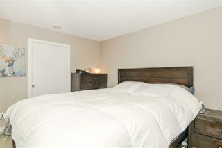 """Photo 11: 1201 9981 WHALLEY Boulevard in Surrey: Whalley Condo for sale in """"TWO PARK PLACE"""" (North Surrey)  : MLS®# R2482437"""