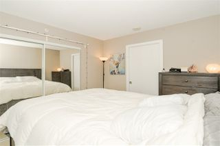 """Photo 13: 1201 9981 WHALLEY Boulevard in Surrey: Whalley Condo for sale in """"TWO PARK PLACE"""" (North Surrey)  : MLS®# R2482437"""