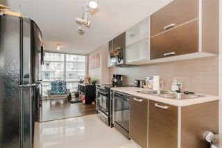 """Photo 9: 1201 9981 WHALLEY Boulevard in Surrey: Whalley Condo for sale in """"TWO PARK PLACE"""" (North Surrey)  : MLS®# R2482437"""