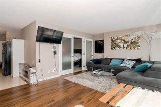 """Photo 6: 1201 9981 WHALLEY Boulevard in Surrey: Whalley Condo for sale in """"TWO PARK PLACE"""" (North Surrey)  : MLS®# R2482437"""