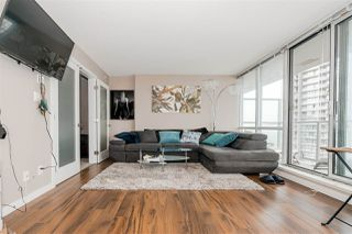 """Photo 5: 1201 9981 WHALLEY Boulevard in Surrey: Whalley Condo for sale in """"TWO PARK PLACE"""" (North Surrey)  : MLS®# R2482437"""