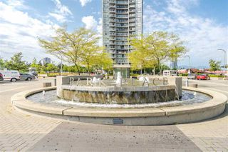 """Photo 2: 1201 9981 WHALLEY Boulevard in Surrey: Whalley Condo for sale in """"TWO PARK PLACE"""" (North Surrey)  : MLS®# R2482437"""