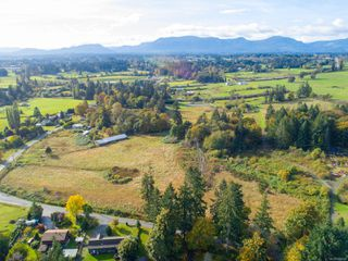 Photo 1: 6868 Somenos Rd in : Du West Duncan Land for sale (Duncan)  : MLS®# 858312
