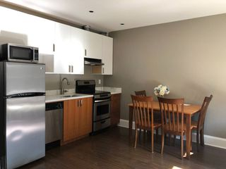 Photo 3:  in Vancouver: Kitsilano House for rent (Vancouver West)  : MLS®# AR098
