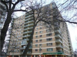 Main Photo: 300 Roslyn Road in WINNIPEG: River Heights / Tuxedo / Linden Woods Condominium for sale (South Winnipeg)  : MLS®# 1001494