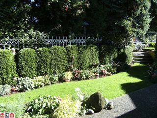 "Photo 9: 6 15099 28TH Avenue in Surrey: Elgin Chantrell Townhouse for sale in ""Gardens at Semiahmoo"" (South Surrey White Rock)  : MLS®# F1026125"