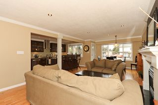 "Photo 6: 1708 DUNCAN Drive in Tsawwassen: Beach Grove House for sale in ""BEACH GROVE"" : MLS®# V868678"
