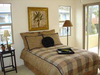 Photo 4: LA JOLLA Condo for sale : 2 bedrooms : 376 Playa Del Norte