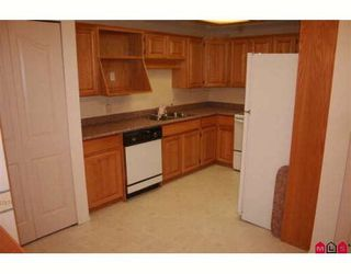 "Photo 3: 117 2451 GLADWIN Road in Abbotsford: Abbotsford West Condo for sale in ""CENTENNIAL COURT"" : MLS®# F2912333"