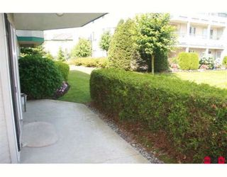 "Photo 8: 117 2451 GLADWIN Road in Abbotsford: Abbotsford West Condo for sale in ""CENTENNIAL COURT"" : MLS®# F2912333"