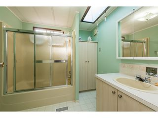 Photo 7: 12 2315 198 Street in Langley: Brookswood Langley Manufactured Home for sale : MLS®# R2389863